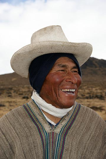 A local nomad man wearing a poncho and a hat, Hatun Machay, Cordillera Negra 2008