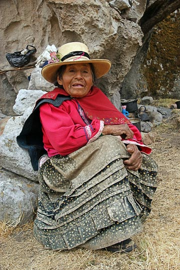 A 92 years old Chola (local woman), Hatun Machay, Cordillera Negra 2008