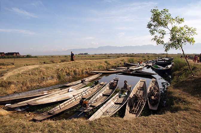 Boats anchored at the end of the estuary, Inle Lake 2015