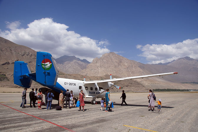 The tiny airplane at the airport in Khorog, 2013
