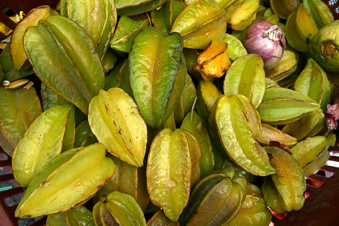 Carambola fruits in Huaraz market, Peru 2008