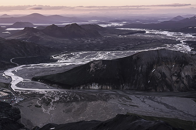 The meandering Jokusla River (Jokulgilskvisl), view from Blahnukur mountain, Landmannalaugar 2017