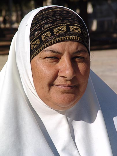 A Muslim Woman in the Noble Sanctuary, The Old City 2006