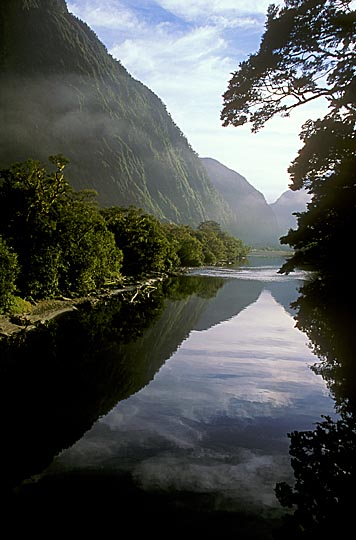 Arthur River, the Milford Track, the South Island 1999