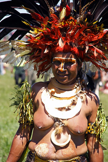 A woman from Goroka in the Eastern Highland Province, at The Hagen Show 2009