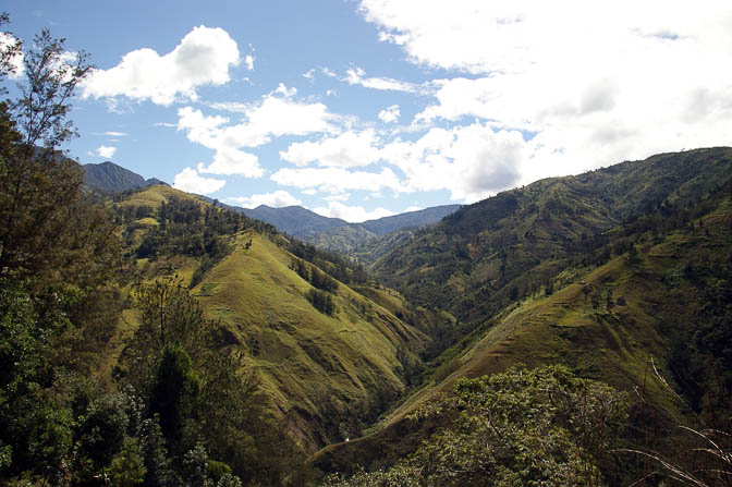 The mountainous scenery on the way to Mount Wilhelm, Chimbu Province 2009