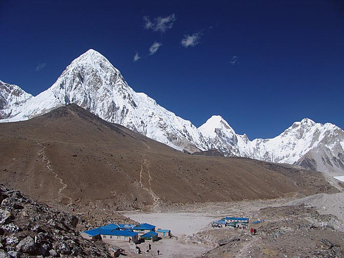 The view of Gorak Shep and Kala Patthar hill, 2004