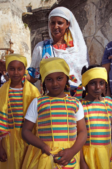 Ethiopian girls dressed in the colors of the Ethiopian flag, in the Ethiopian village of Deir al Sultan, Jerusalem 2012