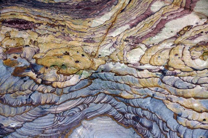 Rich patterns of finely layered sandstone in Wadi Ghweir, 2014