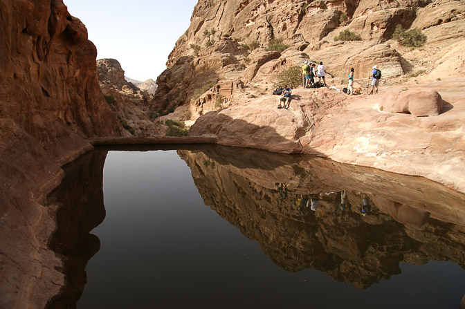 A water pool in Wadi Al-Mu'aysra Ash Sharqiyya, 2009