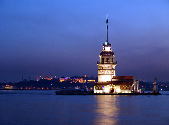 Nightfall at the Virgin Tower, on Bosporus strait opposite to Uskudar, 2006