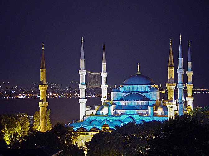 The Sultanahmet Mosque (the Blue Mosque) illuminated at dusk, 2003